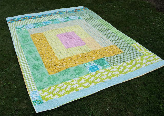 Sherbet Log Cabin Quilt - giant improv log cabin back by Cut To Pieces, via Flickr: Quilting Ideas, Easy Quilt, Quilt Ideas, Baby Quilts, Log Cabins, Improv Log, Log Cabin Quilts, Sherbet Log, Giant Improv