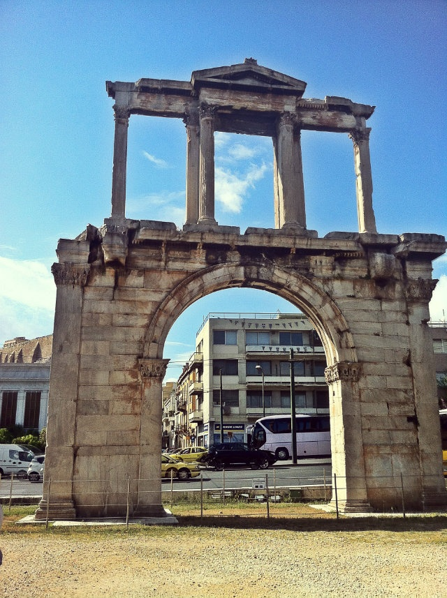 Hadrian's Gate is a triumphant arch erected by the Athenian in 132 AD to honor the emperor how was a lover of the city. (Walking Athens, Route 05 - Lower Plaka)