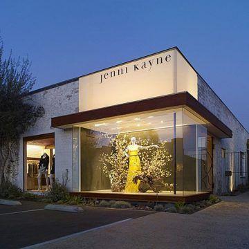 fachadas-de-lojas-modernas-com-vidros.jpg