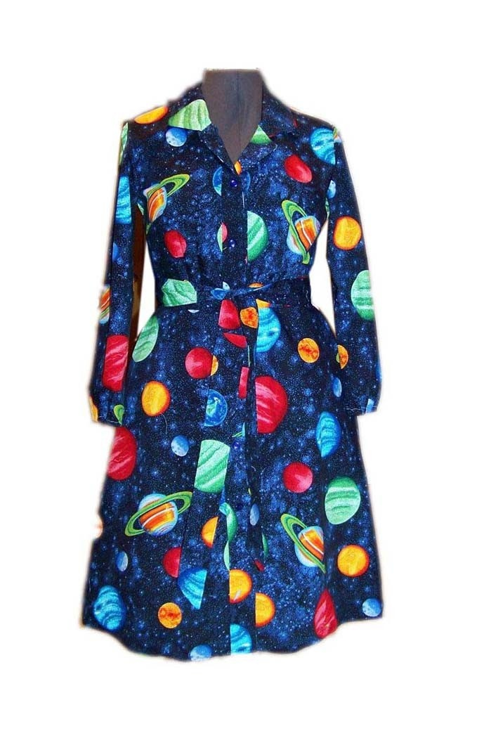 I would totally wear a Ms. Frizzle dress like this!