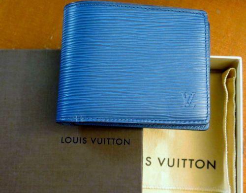 03e38a83237 NIB-Authentic-Louis-Vuitton-Bleu-Celeste-Blue-Epi-Leather-Multiple-Wallet-600