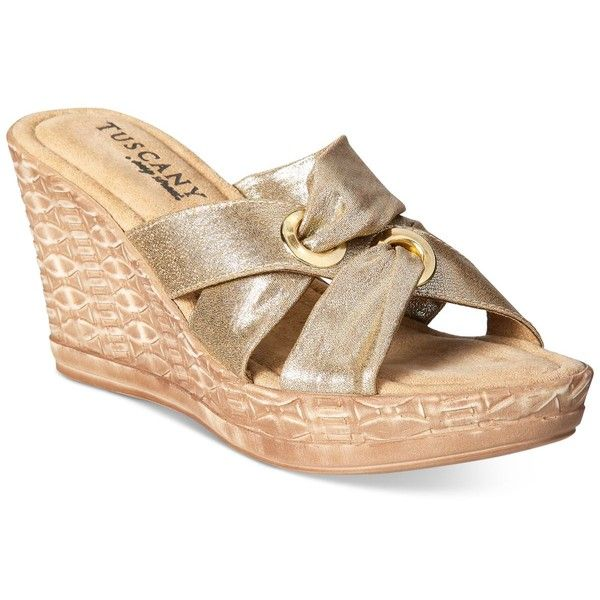 Easy Street Tuscany Solaro Wedge Sandals (585 MAD) ❤ liked on Polyvore featuring shoes, sandals, gold, eyelets shoes, gold wedge shoes, easy street shoes, wedge heel platform shoes and wedge sandals