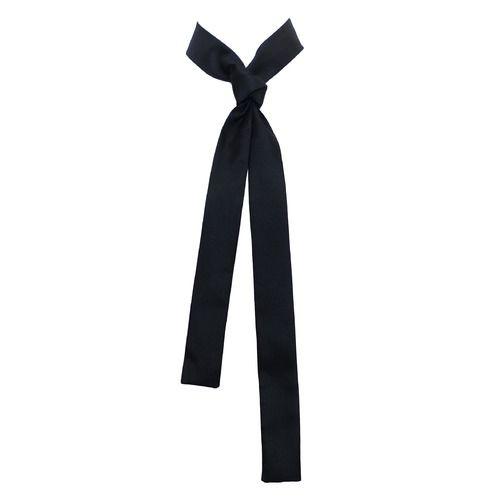 Foulard cravate en twill de soie haute couture, format skinny, couleur noire bf997e19c45