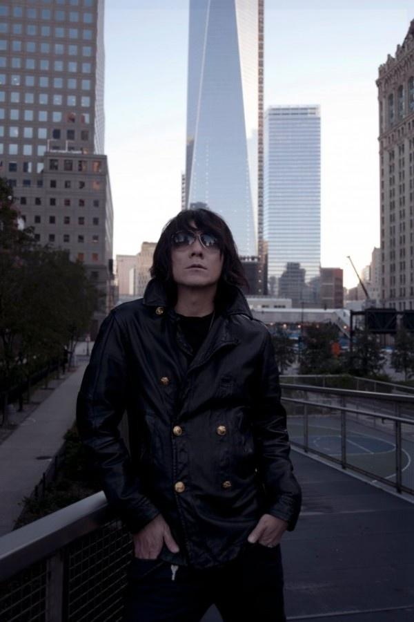 Yoshii Kazuya announces 1st solo best album + nationwide tour
