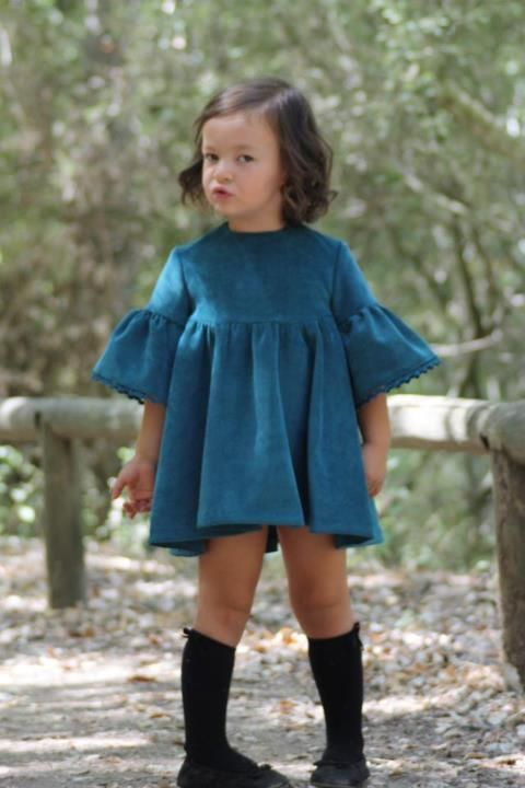 Нехитрые детские платья на примере именитых дизайнеров