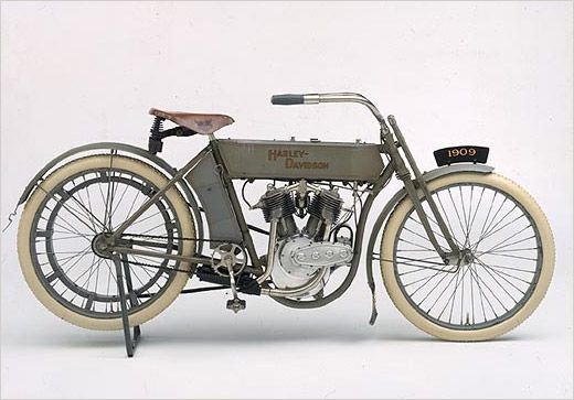 The six-year-old Harley-Davidson Motor Company introduces its first V-twin powered motorcycle. With a displacement of 49.5 cubic inches, the bike produces seven horsepower. The image of two cylinders in a 45-degree configuration would fast become one of the most enduring icons of Harley-Davidson history. Also available for the first time from the Motor Company are spare parts for motorcycles.