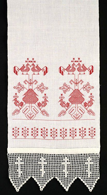 Homespun towels with redwork characteristic for Slavic areas were also made in Croatia in old times - those especially rich in ornaments were used as gifts for those who transported your coffin up to a graveyard (but I kept my grandmother's ornamental towels to remain as lasting memory to her and all women that made their own textiles in our family)
