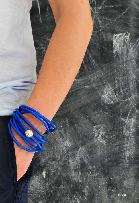 Jak zrobić modną bransoletkę?  http://issuu.com/nibykiedy/docs/niby_kiedy_lato