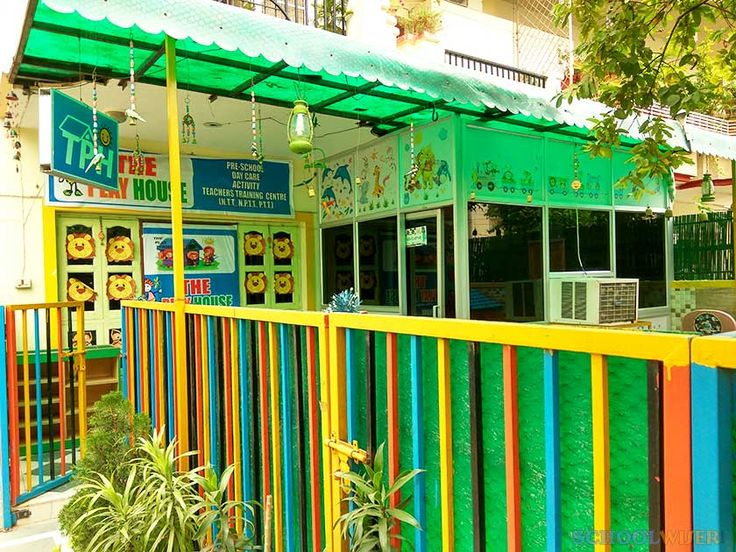 The Play House Gurgaon is a Preschool and daycare in Sector 49 Gurgaon. Check out reviews, fee structure, admission details and timings of The Play House (TPH) Gurgaon at SchoolWiser.