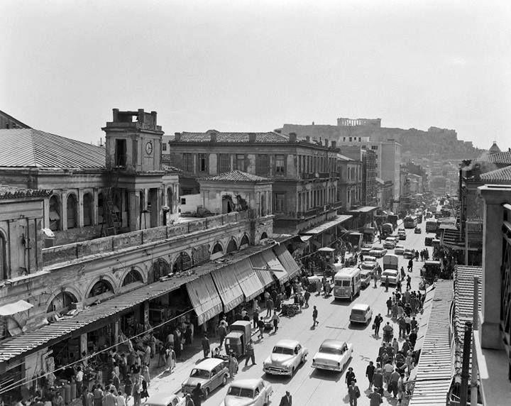 Athens, Athinas Street, 1961. Photo by Dimitirs Harissiadis  © Benaki Museum Photographic Archives