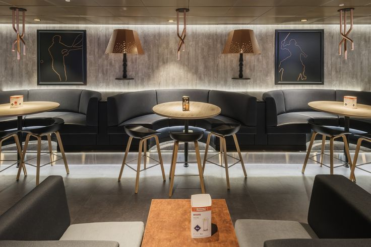 Sea Pub Tallink Megastar ferry bar design