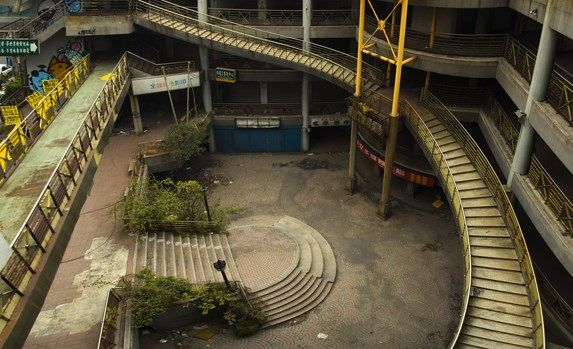 Abandoned Shopping Malls Florida   Incredible Viral Photos of Abandoned Shopping Malls   slice.ca