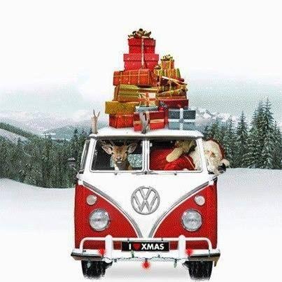 ☮ American Hippie ☮  Christmas .. VW