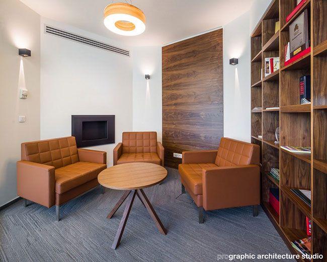 CBRE - Cigar meeting room