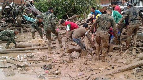 BILANŢ NEGRU: 254 de morţi în urma alunecărilor de teren din Columbia