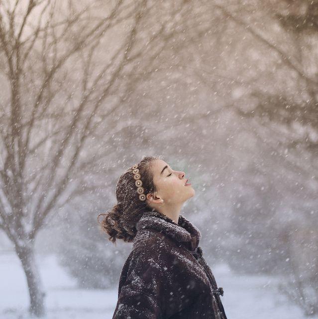 lovely winter scene.Winter Snow, Senior Girls Photography, Winter Scene, Inspiration, Beautiful, Winter Wonderland, Christmas Holiday, Feelings, Snow Queens