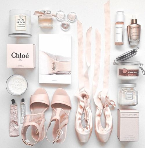 How To Make A Fabulous Flatlay For Instagram Sensation