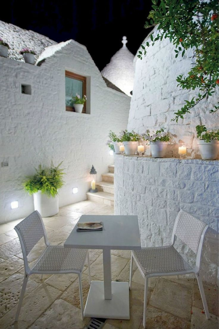 Santorini Patio Furniture: Small Balcony Furniture And Decor Ideas (1)