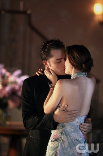 """Juliet Doesn't Live Here Anymore""  Gossip Girl  Pictured (L-R_ Ed Westwick as Chuck Bass and Leighton Meester as Blair Waldorf PHOTO CREDIT:  GIOVANNI RUFINO/ THE CW ©2010 The CW Network, LLC. All Rights Reserved"