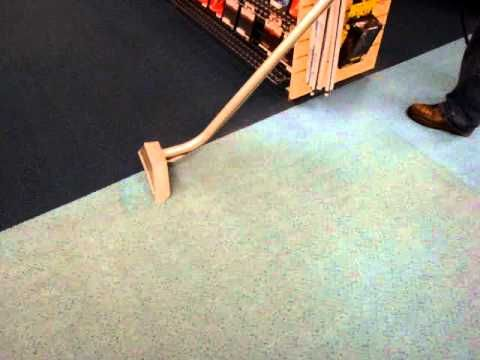 Carpet Cleaning-Keep The Carpet  Remove The Stains! Tips For Hiring A Professional Carpet Cleaning Company