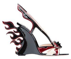 Ispirate alle auto modello anni '50 la nuova collezione di scarpe di Prada