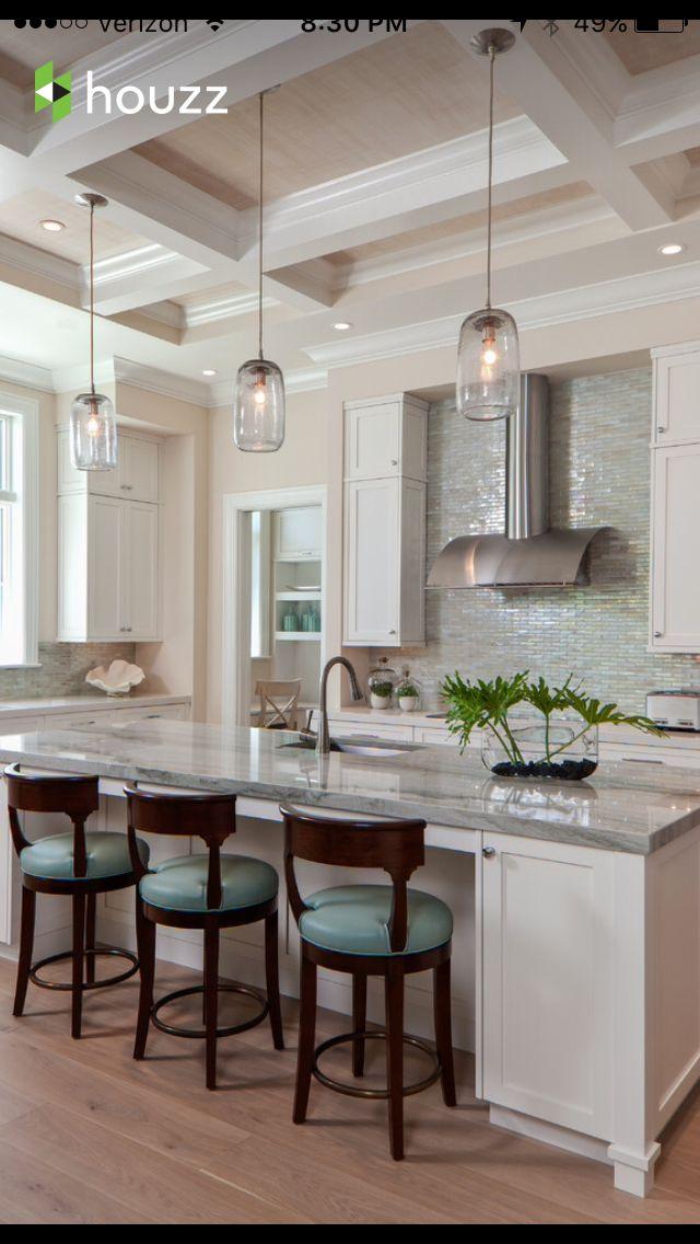 Cute kitchen!