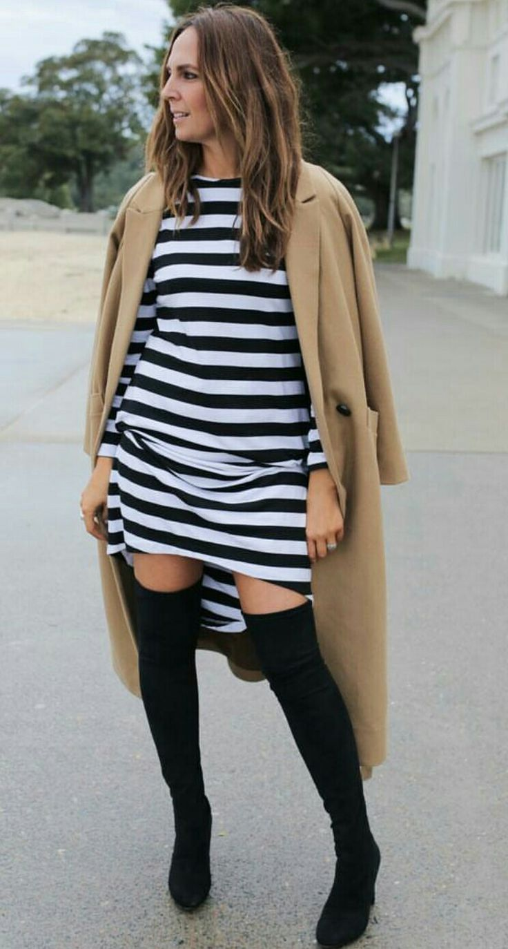 My dress black and white above-knee boots coat