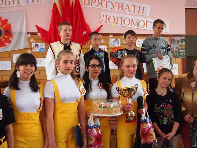 29 апреля на базе средней общеобразовательной школы № 6 города Днепродзержинск состоялся городской этап XXI-го Всеукраинского фестиваля Дружин юных пожарных.