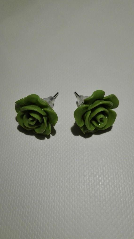 Boucles d'oreilles clou en forme de rose -vert pomme 10mm