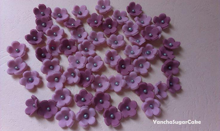 Fondant edible mini flowers - 100 pcs, Gumpaste flowers, Wedding shower flowers, Wedding cake, Christening, Baby shower, Cake topper by YanchaSugarCake on Etsy