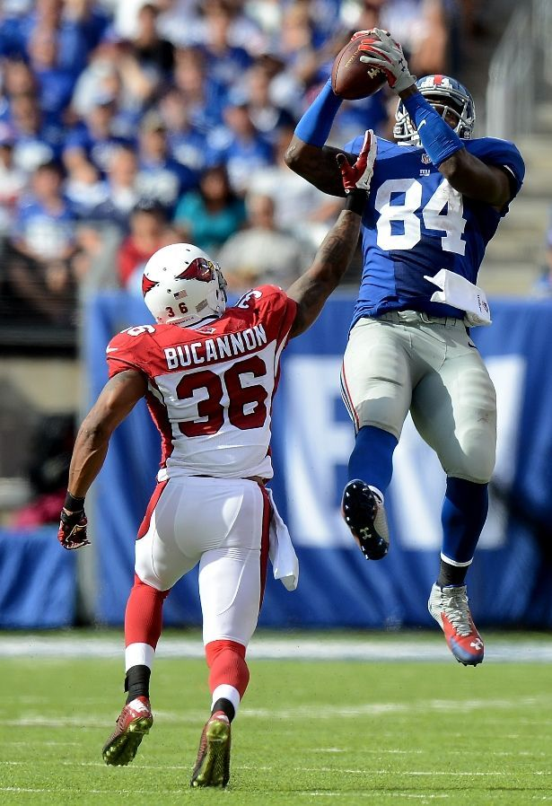 Larry Donnell, a tight end for the New York Giants, ended up catching three touchdown passes in last week's game against the Washington Redskins!