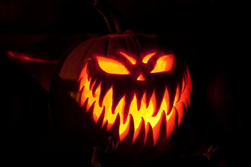 Evil looking halloween pumpkin grin n 39 bare it for Evil face pumpkin template