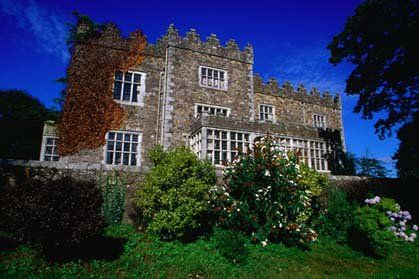 Ireland is filled with romance from small boutique hotels in the middle of Ireland's idyllic scenery.