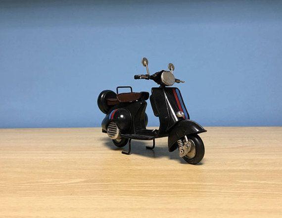 Vintage black scooter vespa miniaturemetal vespa giftmetal