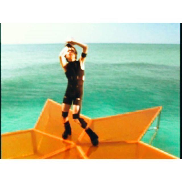 【k.kwsk】さんのInstagramをピンしています。 《夏が待ち遠しいですね  #夏 #tmrevolution #西川貴教  #早く夏来い #summer #ごめんなさい #西川さん #青い空 #青い海 #sea #fishing #bbq #likeforlike#like4like #l4l#インスタ#instalike#lforl #海 #hotlimit #ブラックテープ》