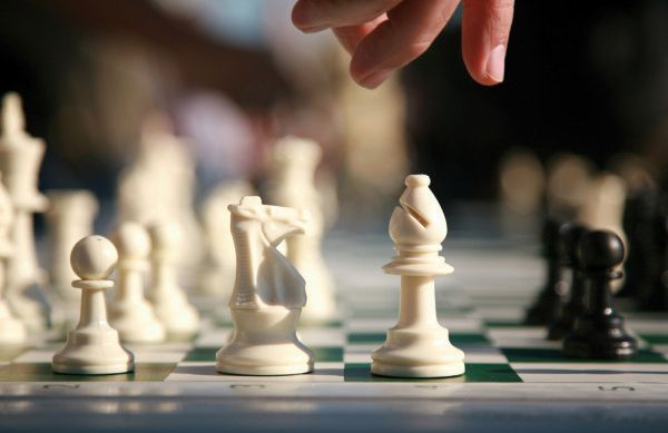 Do you want to improve your memories and verbal skills? If yes, then visit IchessU. IchessU is the right place to learn the best strategies to play the incredible game of chess. Visit us at: http://goo.gl/UTofHy
