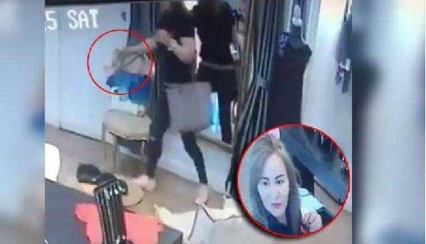 (Vídeo) #LadyCartera Conductora de Tv Azteca exhibe a mujer robando cartera - http://www.esnoticiaveracruz.com/video-ladycartera-conductora-de-tv-azteca-exhibe-a-mujer-robando-cartera/