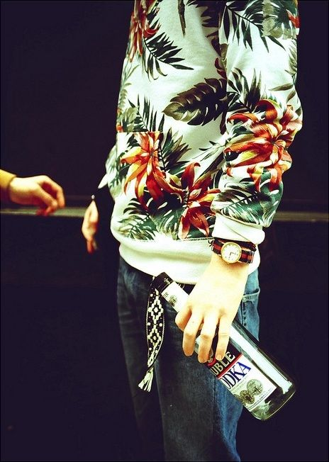 <3: Sweaters, Floral Prints, Fashion Style, Men Style, Jumpers, Men Fashion, Men'S Fashion, Street Style Fashion, Men Apparel