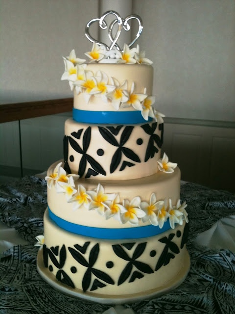 Samoan Design Wedding cake   Flour Girl Designs: July 2011