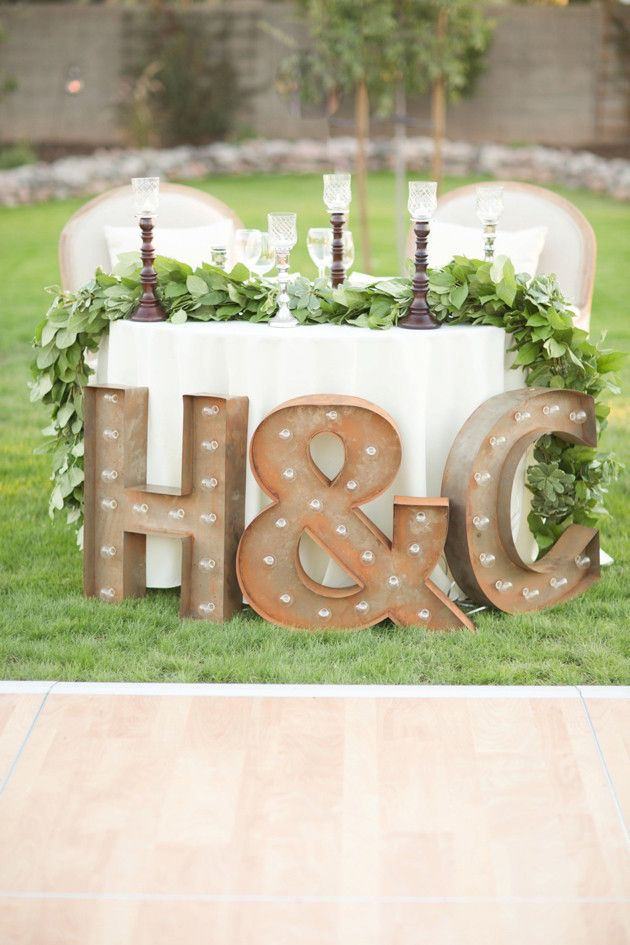 Beautiful Outdoor Wedding | Amy & Jordan Photography | Bridal Musings Wedding Blog