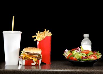 Frugal and healthy fast food options - The best bang for you buck and belly at your favourite fast food chains: https://www.wonga.ca/blog/frugal-and-healthy-fast-food-options  #straighttalkingmoney
