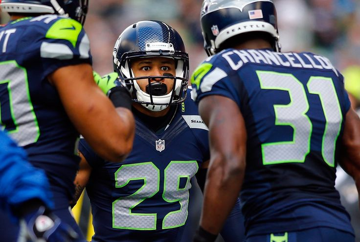 Report: Earl Thomas could miss start of 2015 season