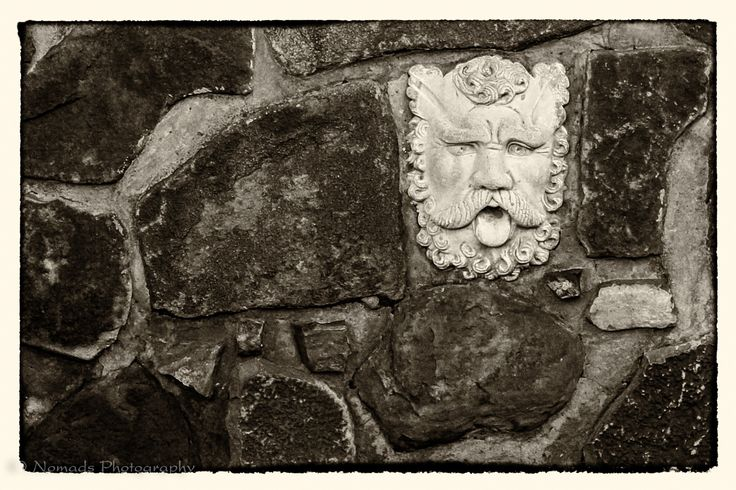 Face in the wall - Within the beautiful grounds of the Kimiad Golf Course in Moreleta Park, Pretoria lies the Rustica Restaurant and Rib House. At Rustica you can step into a new world with a tranquil golf course, luxuriant gardens and nature all around you.
