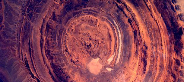 Le straordinarie foto dell'astronauta André Kupiers, che fotografa la Terra a 400 chilometri di distanza da qui