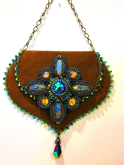 Bead Show: Bead Show Workshops & Classes: Monday June 10, 2013: B131734 Encore with Sherry Serafini: Embroidered and Embellished -- A Coin Purse