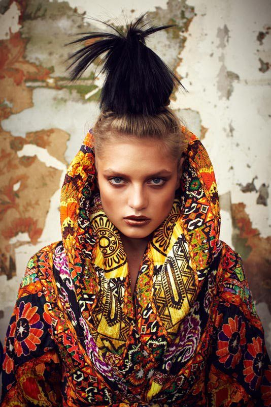 High Fashion / Ethnic & Oriental / Carpet & Kilim & Tiles & Prints & Embroidery Inspiration / - Inspiration Ethnic Echoes