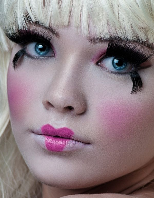 maquillaje muñeca: Cute Halloween Dolls Makeup, Heart Lips, Doll Face, Baby Dolls, Maquillaje Fantasia,  Lips Rouge, Maquillaje Artists, Dolls Faces, Halloween Ideas