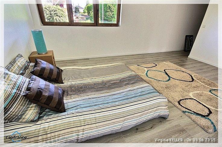 Magnifique villa à vendre chez Capifrance à Duntzenheim en exclusivité.     230 m², 8 pièces, 6 chambres et terrain de 571 m².    Plus d'infos > Virginie Keller, conseillère immobilier Capifrance.