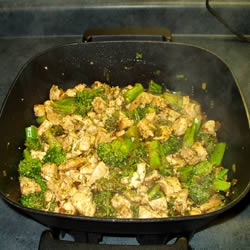 Sweet and Spicy Stir Fry with Chicken and Broccoli Recipe - Allrecipes ...