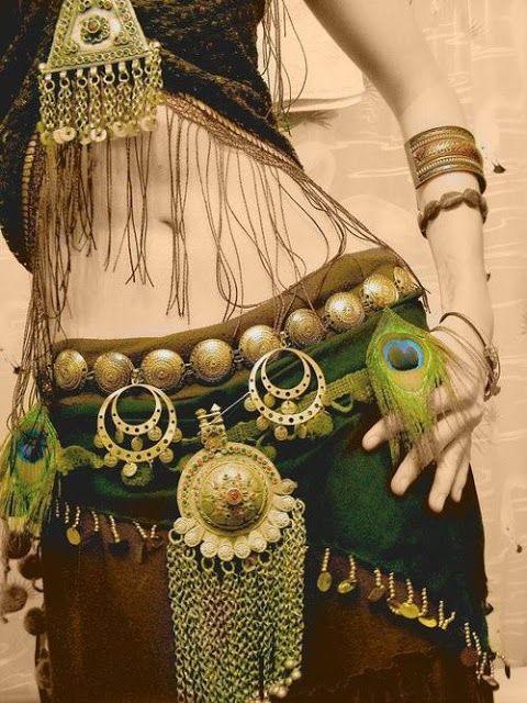 Dança do Ventre Vinhedo - Atelier Beth Fallahi: Outubro 2012